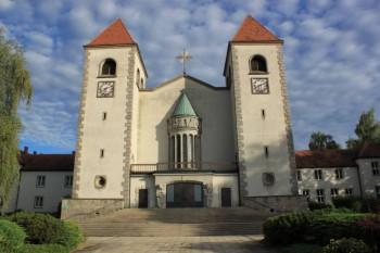 Herz-Jesu-Kirche_Gmünd_01